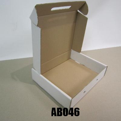 AB046